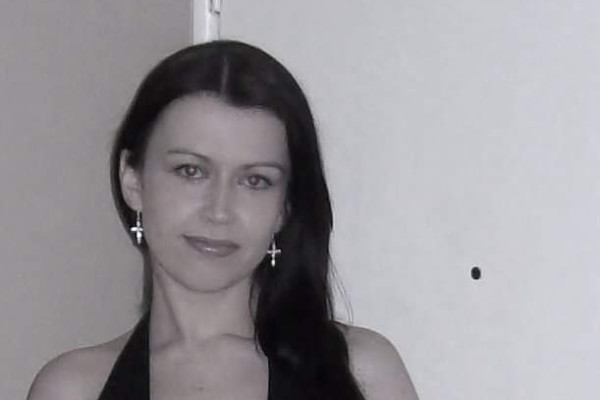 DANIELLE HOGBEN (39), $200,
