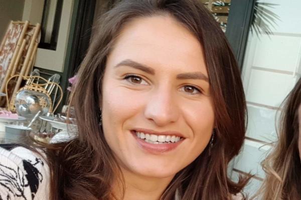 Christine (33), $200,