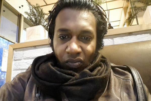 Niran (45), $250, Smoker, No pets, and No children