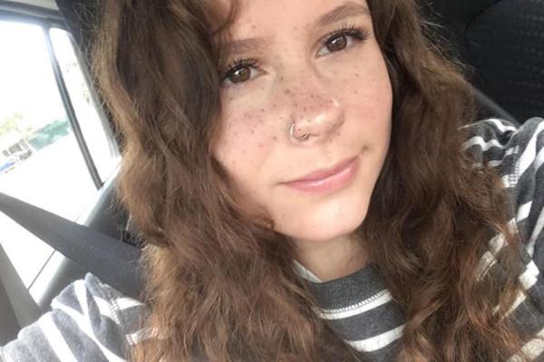 Amber (17), $160, Non-smoker, No pets, No children, and LGBT+