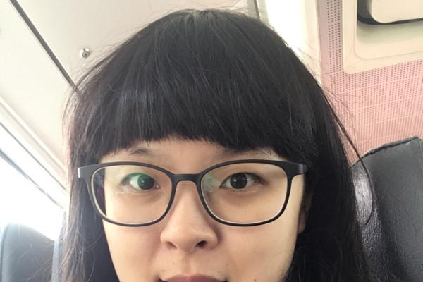 d25c6dca37c85a Vivian Lin (27) - Looking in Wayville
