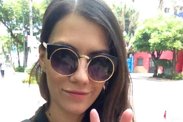 Katia (28), $200, Non-smoker, No pets, and No children