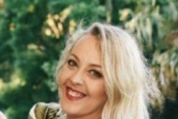 Cassandra (32), $220,