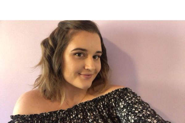 Lauren (22), $200,
