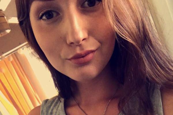 Josephine (21), $350, Non-smoker, No pets, and No children