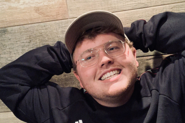 Mason (21), $250, Non-smoker, No pets, No children, and LGBT+