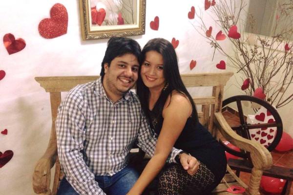 Jose (29) and Rafaela (24), $300, Non-smoker, No pets, and No children