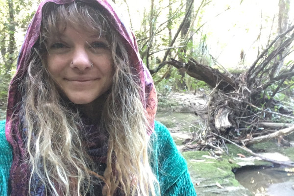 Rae (22), $180, Smoker, No pets, and No children