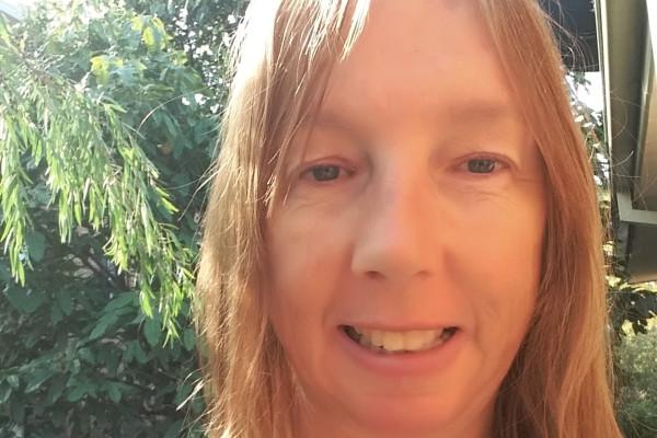 Sandra (54), $280, Non-smoker, No pets, and No children