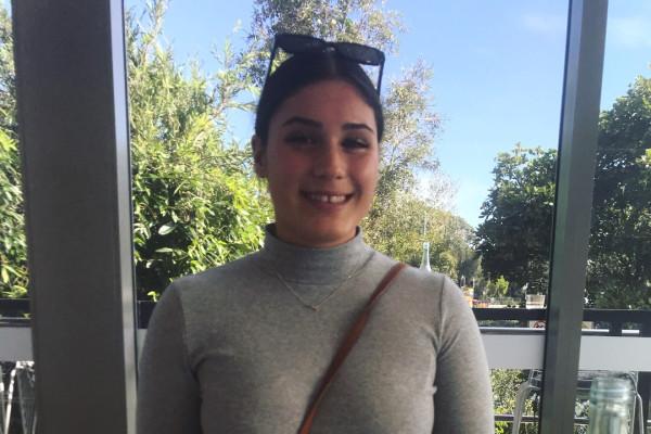 Hamarna (19), $300, Non-smoker, No pets, and No children