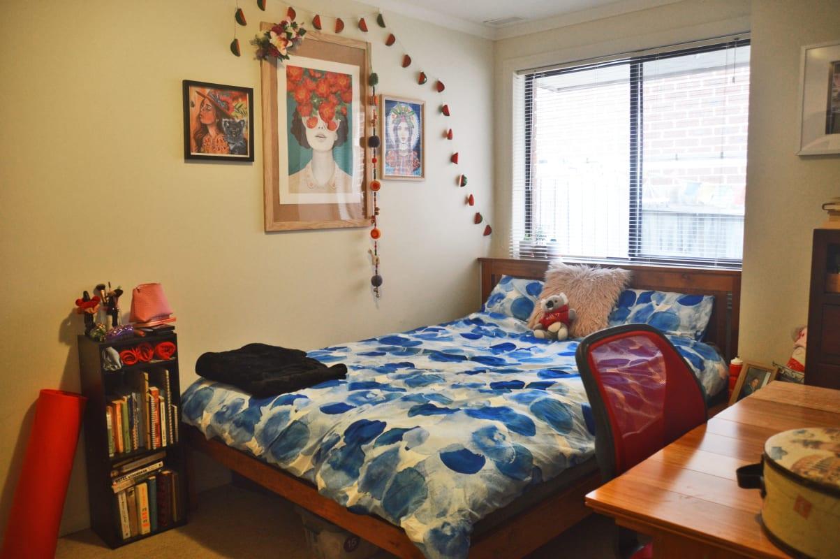$126, Flatshare, 2 bathrooms, Irvine Crescent, Brunswick West VIC 3055