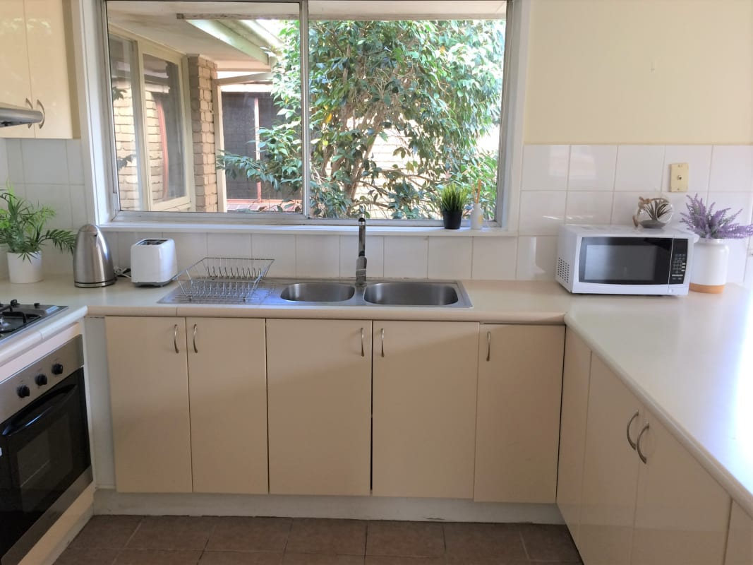 $165, Share-house, 3 bathrooms, Streeton Circuit, Mill Park VIC 3082