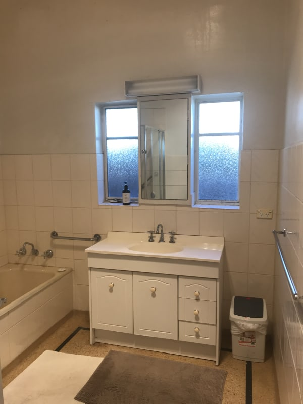 $200, Share-house, 3 bathrooms, Hawthorn Road, Caulfield South VIC 3162