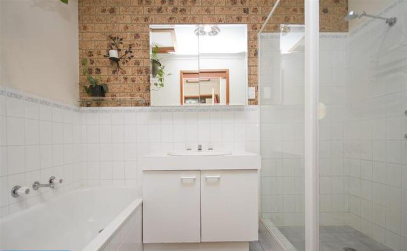 $180, Share-house, 2 bathrooms, Alsop Close, Phillip ACT 2606