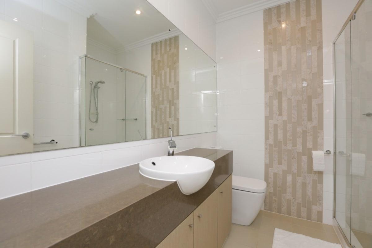 $300, Flatshare, 3 bathrooms, Canning Highway, Applecross WA 6153