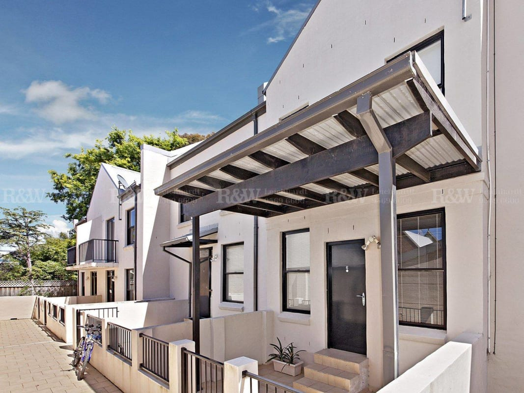 $135, Flatshare, 3 rooms, Ross Street, Forest Lodge NSW 2037, Ross Street, Forest Lodge NSW 2037