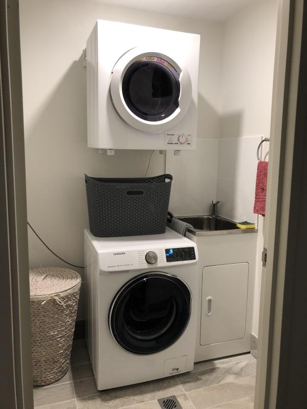 $250, Flatshare, 2 bathrooms, Kembla Street, Wollongong NSW 2500