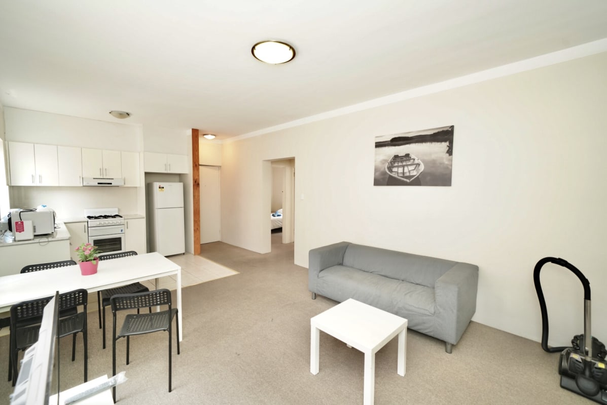 $220, Flatshare, 2 bathrooms, Meeks Street, Kingsford NSW 2032