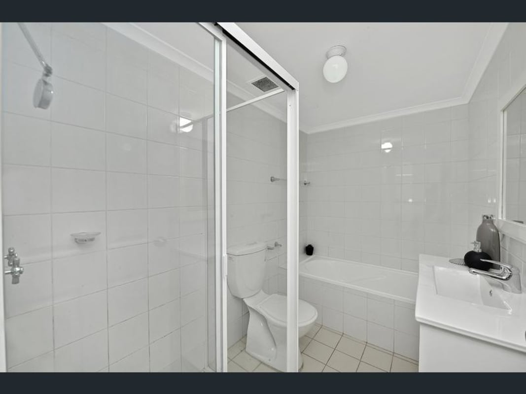 $220, Flatshare, 3 bathrooms, Everton Road, Strathfield NSW 2135