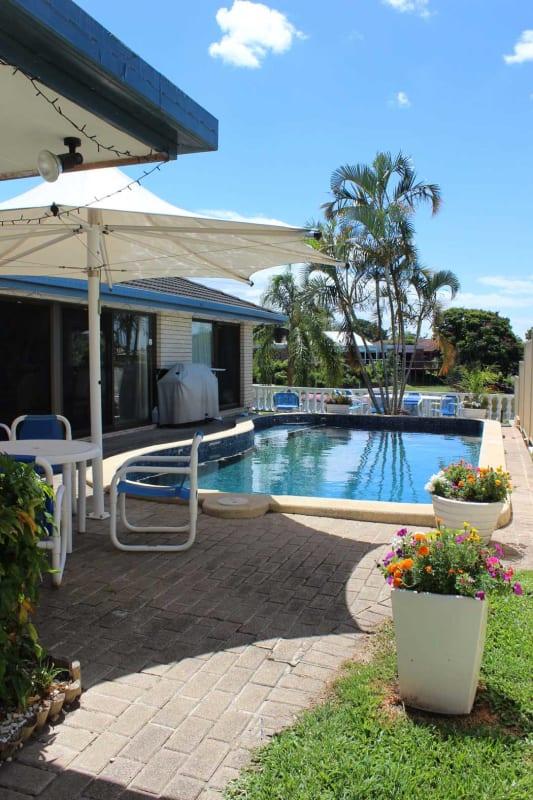 $185, Share-house, 4 bathrooms, Witt Avenue, Carrara QLD 4211