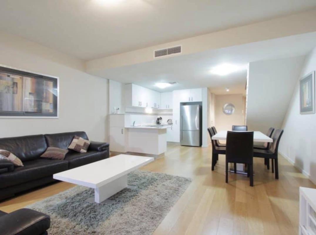 $240, Flatshare, 2 bathrooms, Rowland Street, Subiaco WA 6008
