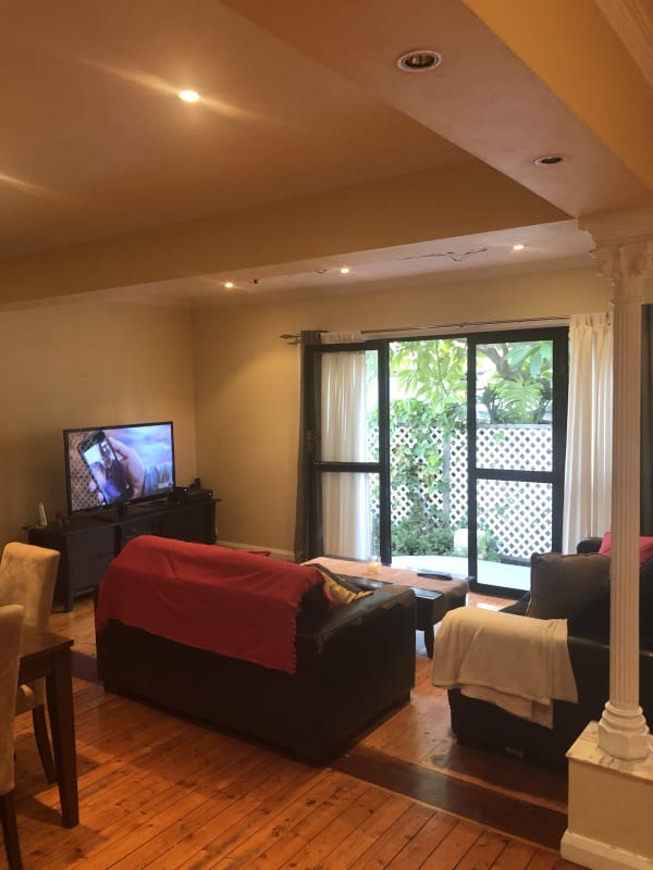 $280, Share-house, 3 bathrooms, Tucker Street, North Sydney NSW 2060