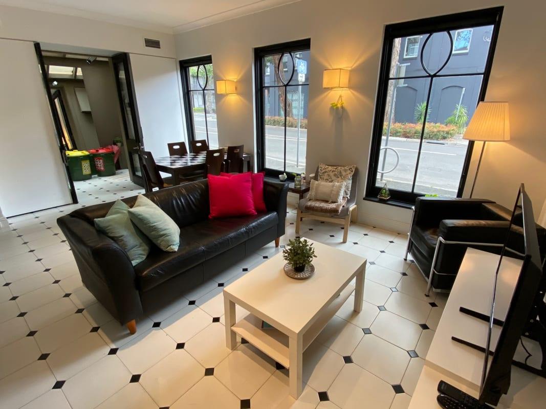 $270, Share-house, 3 bathrooms, Bourke Street, Woolloomooloo NSW 2011