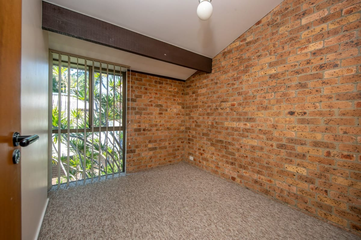 $215, Share-house, 2 bathrooms, Corlette Street, Cooks Hill NSW 2300