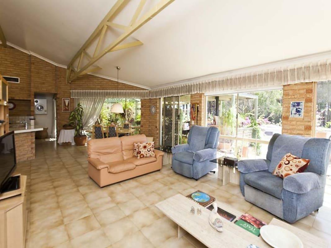 $130, Share-house, 6 bathrooms, Battye Road, Kardinya WA 6163