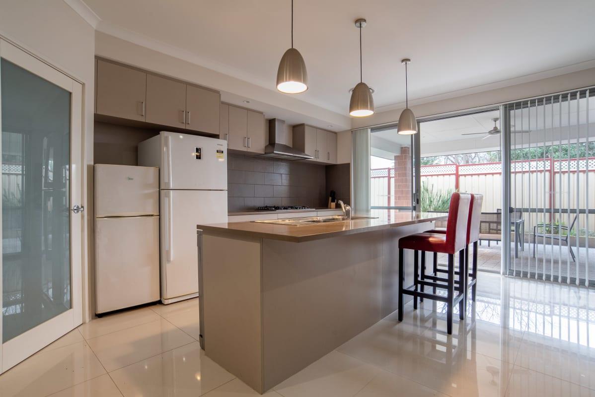 $160, Share-house, 5 bathrooms, Donaldson Street, Queens Park WA 6107