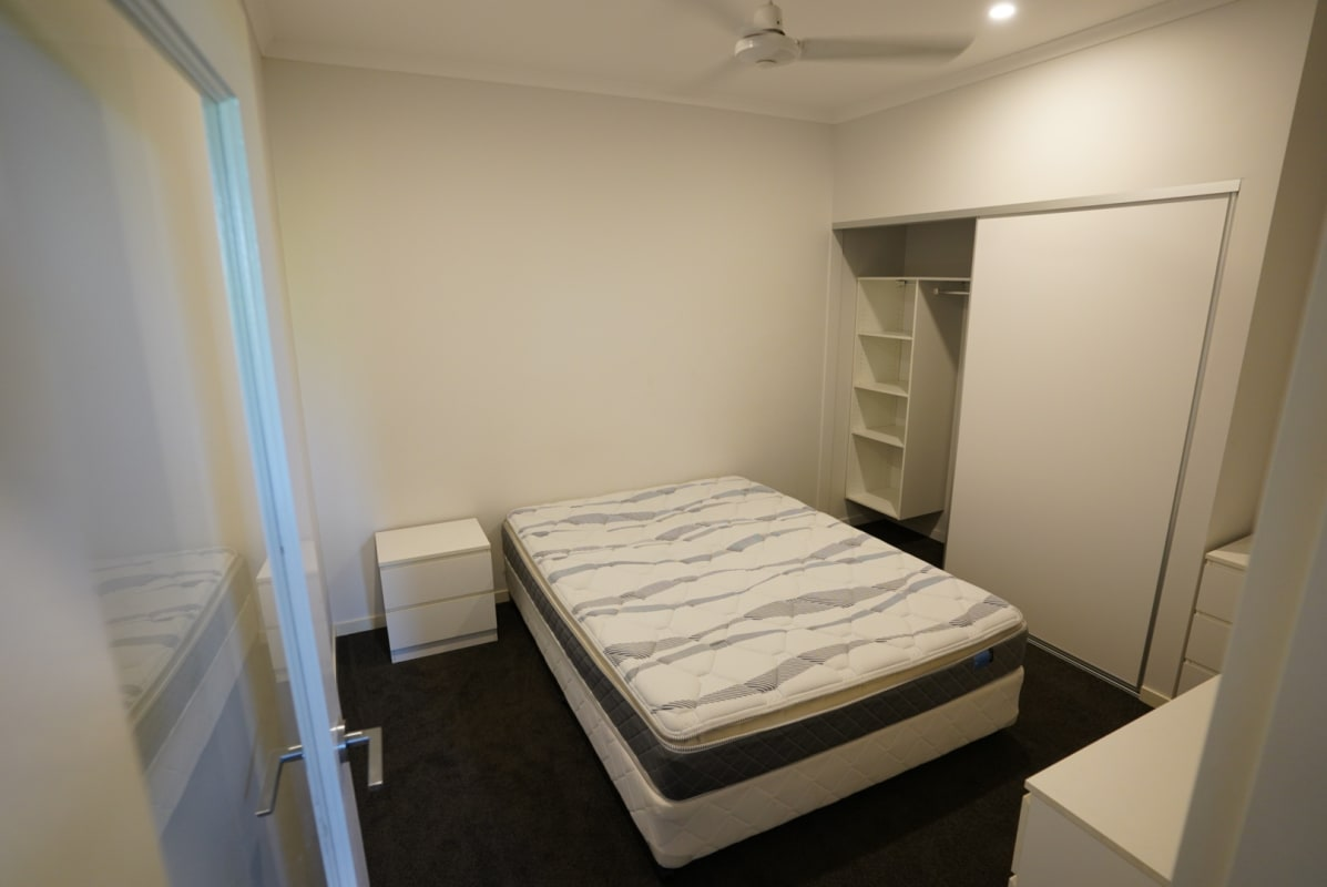 $175, Flatshare, 3 bathrooms, Jordan Street, Greenslopes QLD 4120
