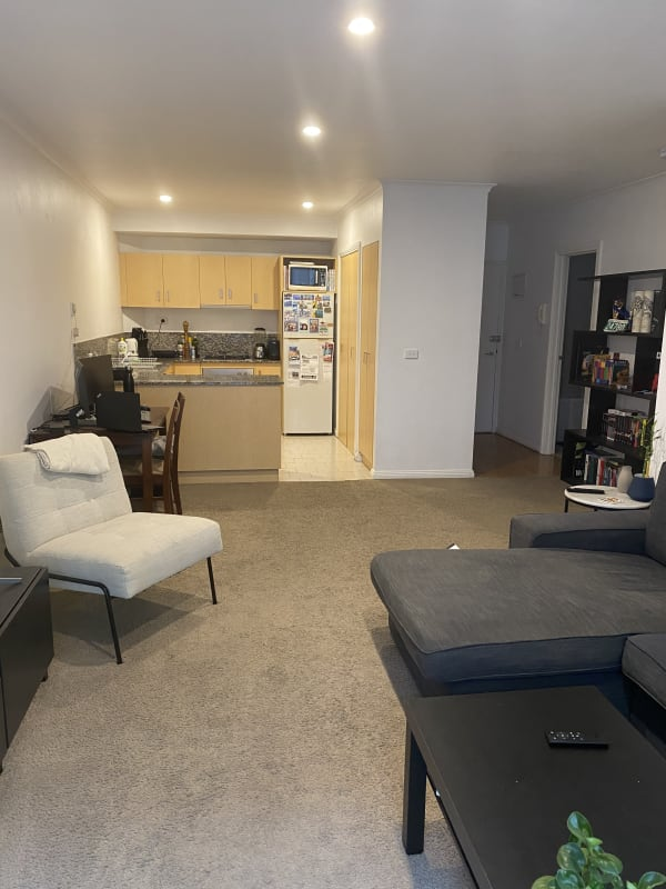 $400, 1-bed, 1 bathroom, Wellington Street, St Kilda VIC 3182