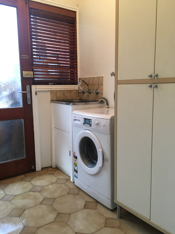 $300, Share-house, 3 bathrooms, Westgarth Street, Fitzroy VIC 3065
