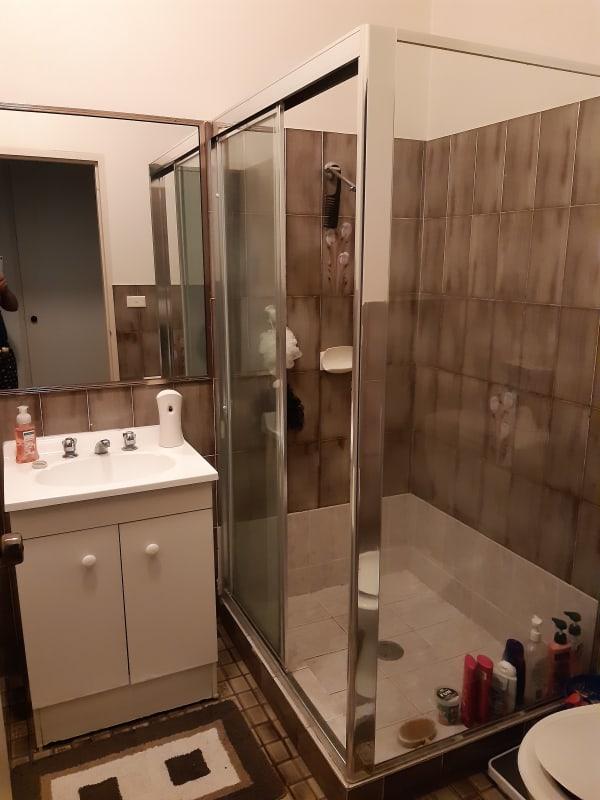 $180, Flatshare, 3 bathrooms, Saint Johns Road, Auburn NSW 2144
