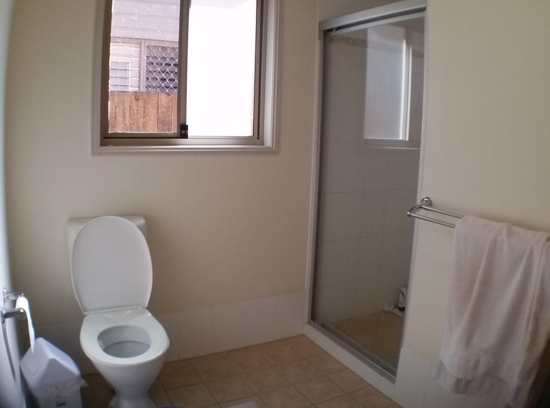 $200, Share-house, 5 bathrooms, Shamrock Street, Gordon Park QLD 4031