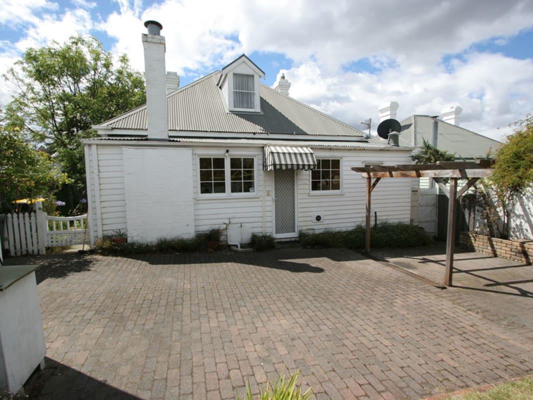 $230, Share-house, 4 bathrooms, Queen Street, Sandy Bay TAS 7005