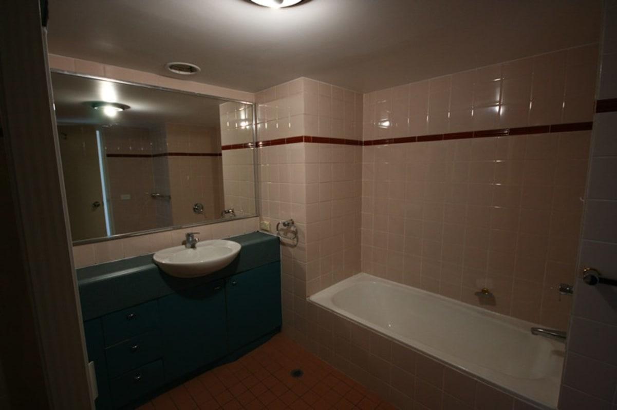 $165, Flatshare, 3 bathrooms, Elizabeth Street, Sydney NSW 2000