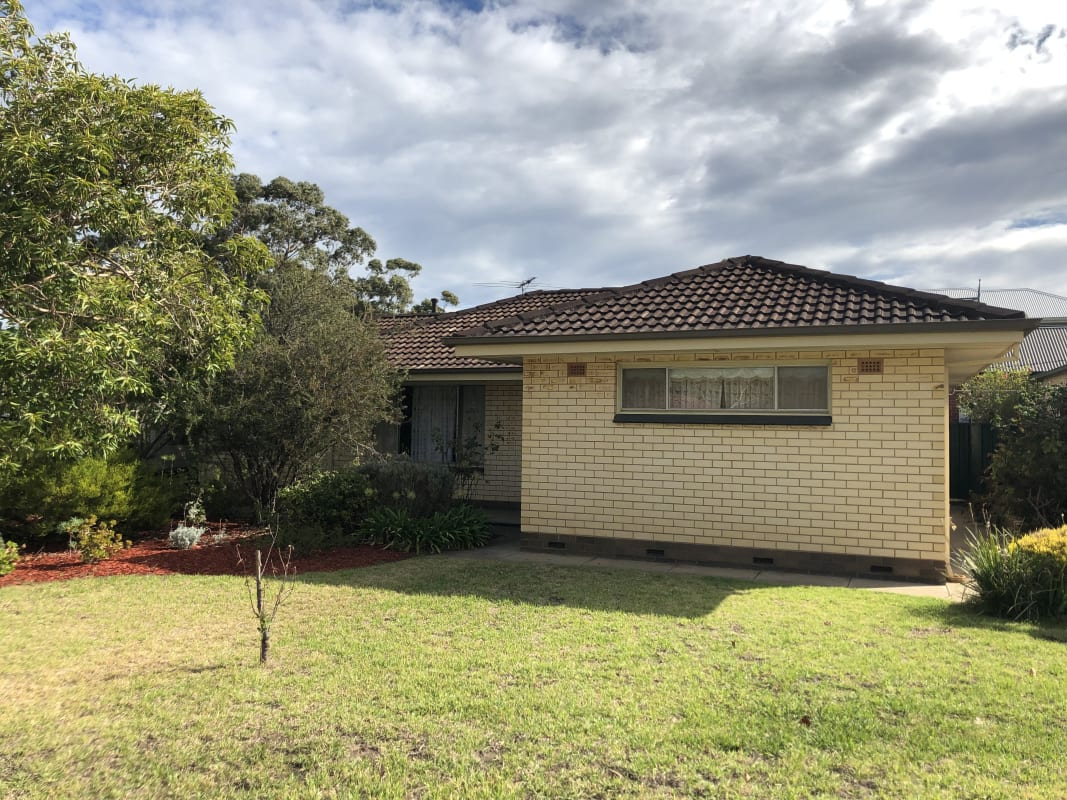 $130-150, Share-house, 3 rooms, Dianne Street, Happy Valley SA 5159, Dianne Street, Happy Valley SA 5159