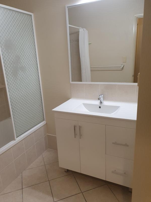 $180, Share-house, 3 bathrooms, Beck Close, Bentley Park QLD 4869