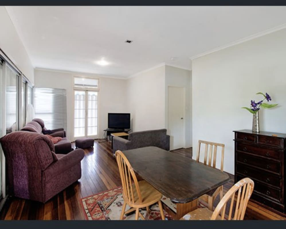 $135, Share-house, 4 bathrooms, Rome Street, Coorparoo QLD 4151