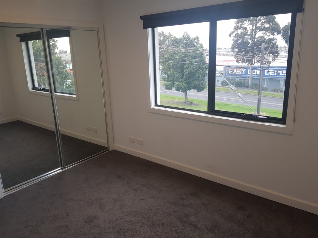$190, Share-house, 4 bathrooms, South Road, Moorabbin VIC 3189