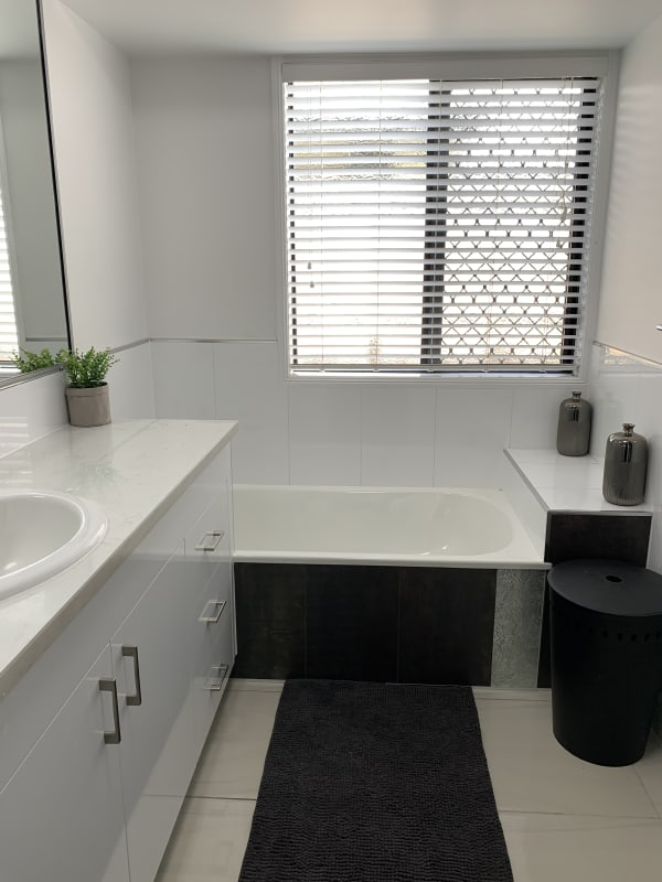 $210, Share-house, 5 bathrooms, Surrey Court, Ooralea QLD 4740