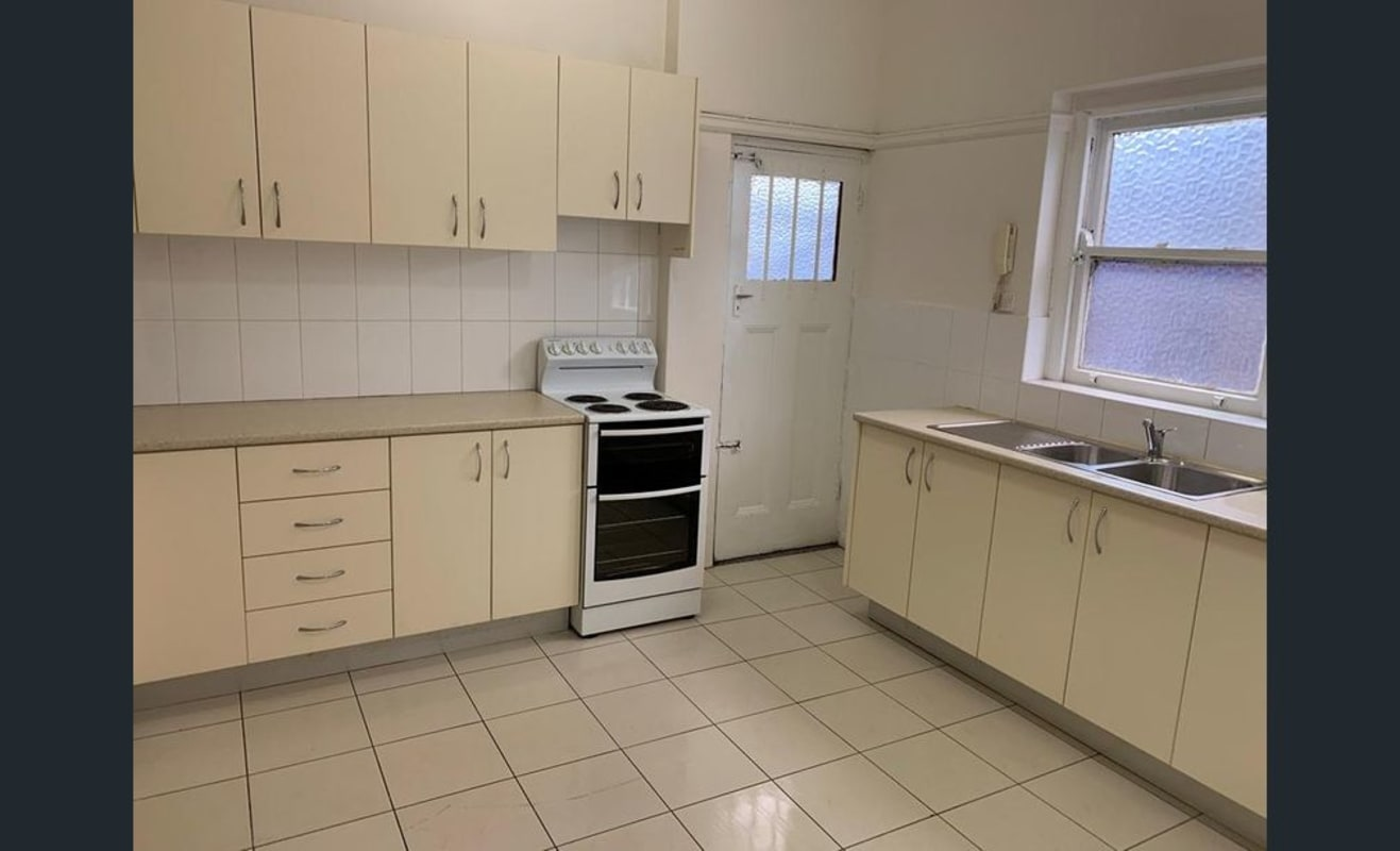 $355, Flatshare, 3 bathrooms, Bondi Road, Bondi Beach NSW 2026