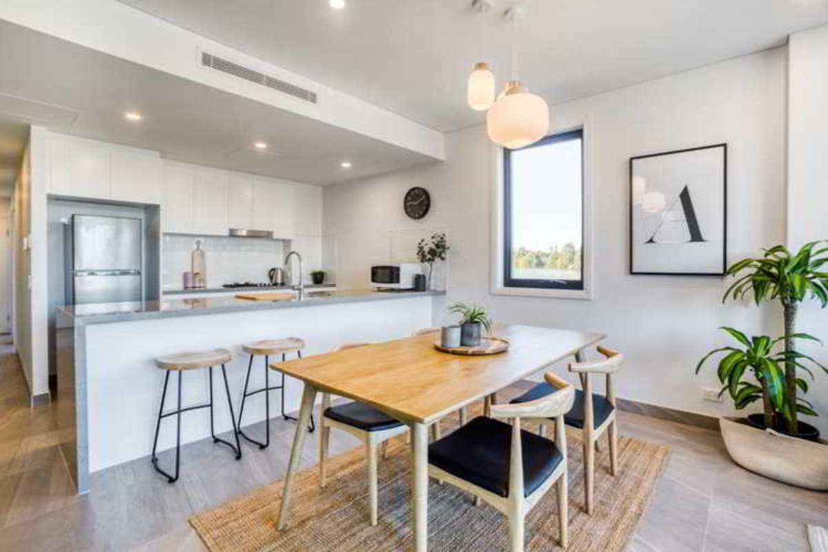 $315, Flatshare, 2 bathrooms, Rees Street, Mays Hill NSW 2145