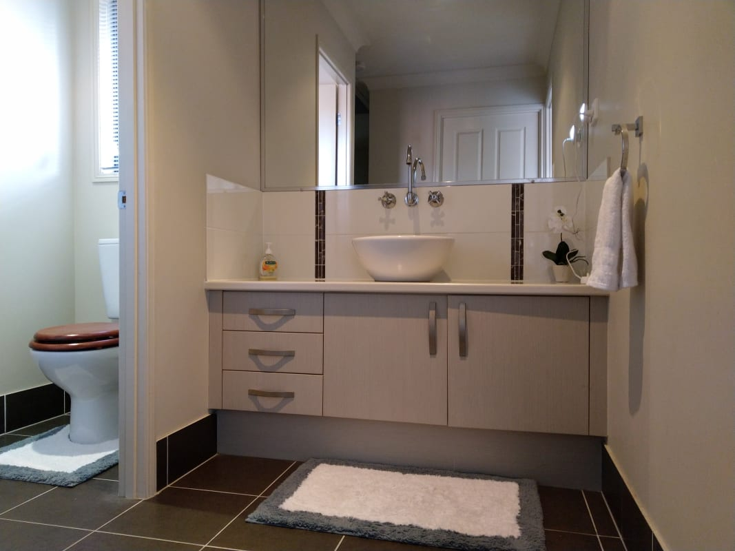 $185, Share-house, 4 bathrooms, Bottlebrush Street, Heathwood QLD 4110