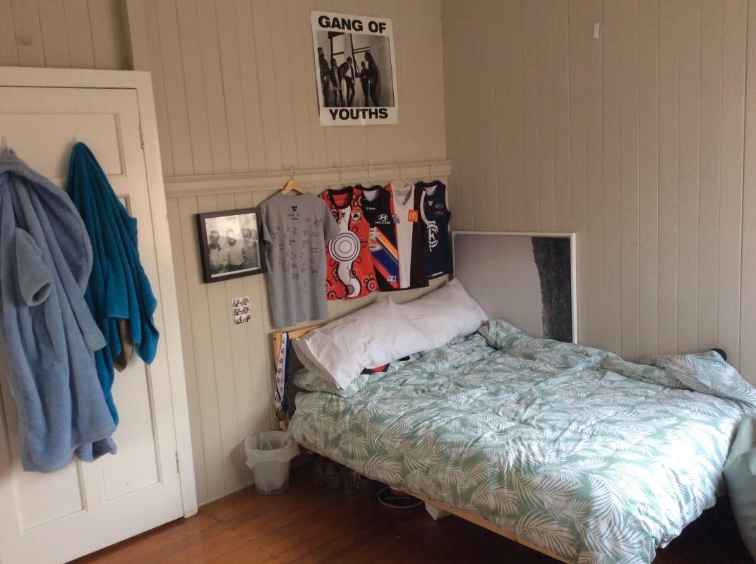$130, Share-house, 4 bathrooms, Cavendish Road, Coorparoo QLD 4151