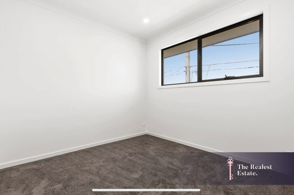 $180, Share-house, 4 bathrooms, Mount View Road, Lalor VIC 3075