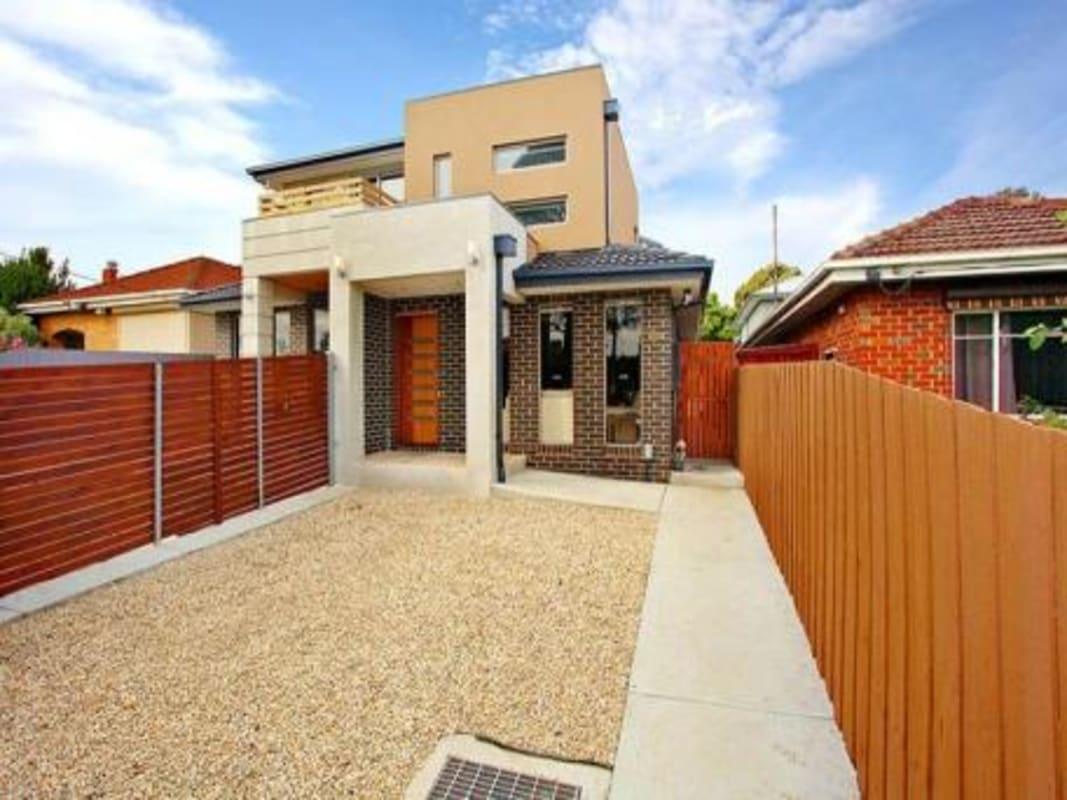 $195, Share-house, 3 bathrooms, Pascoe Vale Road, Glenroy VIC 3046