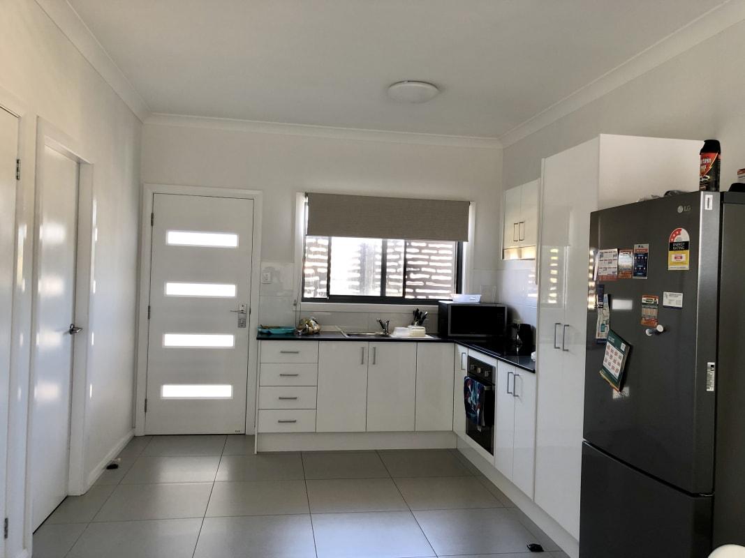 $185, Homestay, 2 bathrooms, Mallee Street, Gateshead NSW 2290