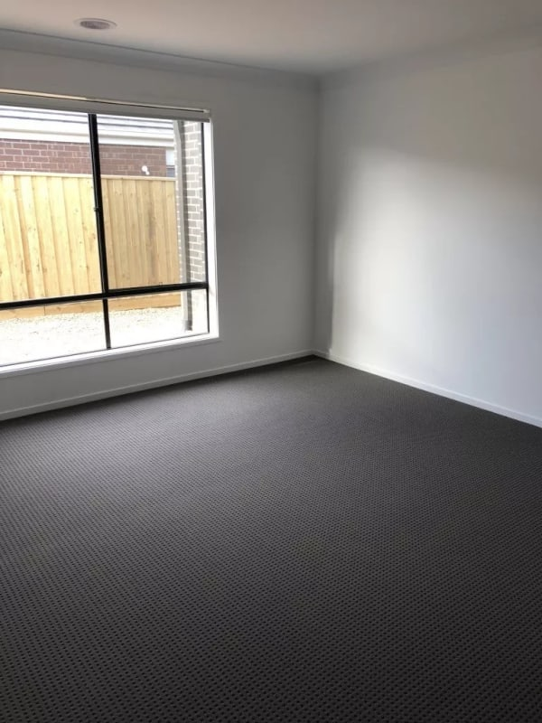 $145, Share-house, 5 bathrooms, Michigan Crescent, Manor Lakes VIC 3024